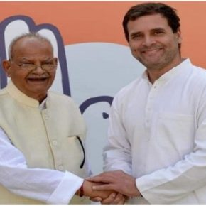 Sukh Ram deserts BJP to join Congress again